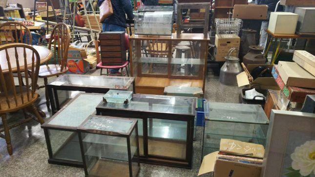 古物市場 ガラスショーケース